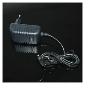 Vento Cable - Netzteil / Ladekabel / Ladegerät - 2,5mm Android Tablet - Schwarz - 2000mAh